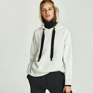 NWT Zara White & Black Oversized Hooded Sweatshirt